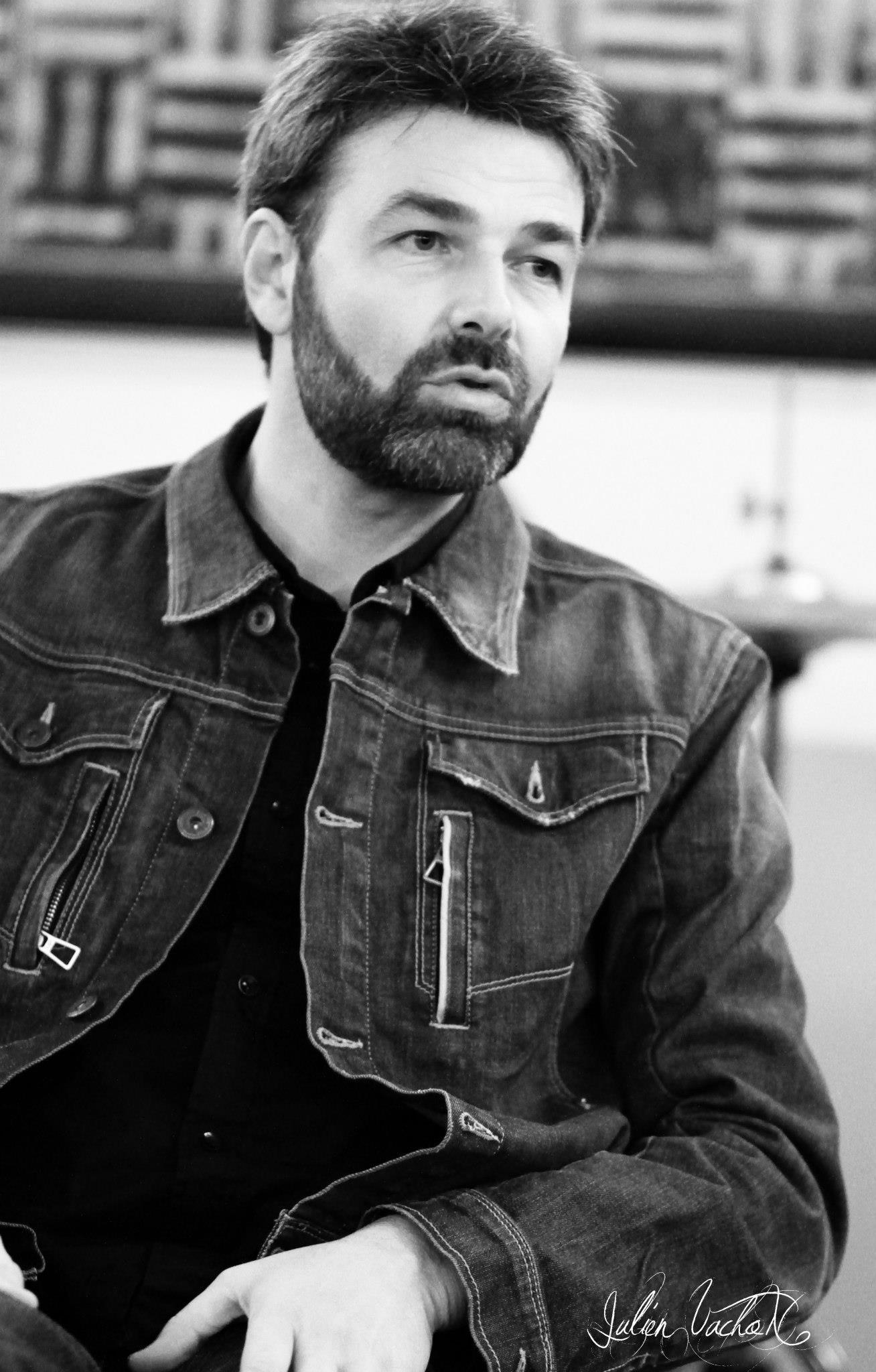 Nicolas Farcy – Kapagama / Universal Music Publishing
