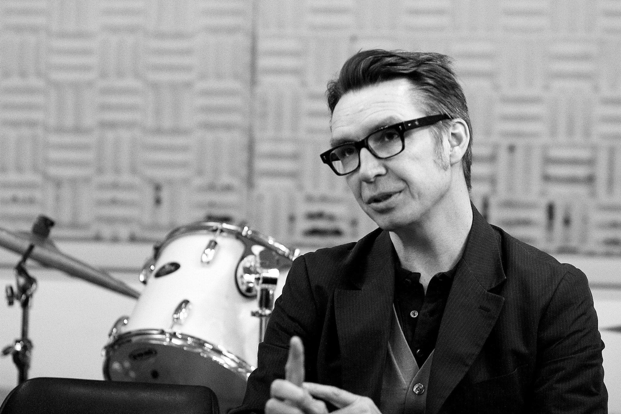Frédéric Lo - Auteur, compositeur, interprète