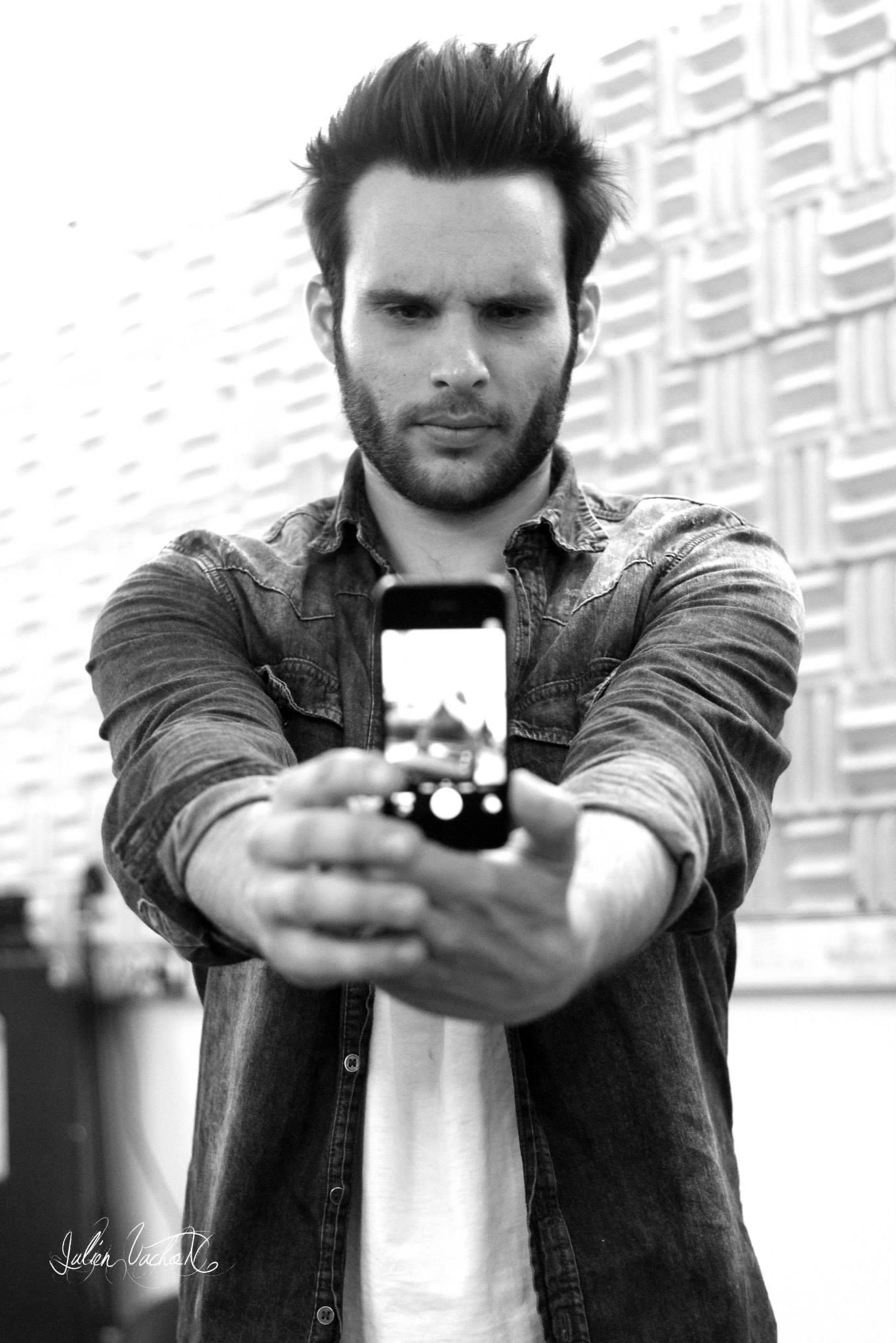 Santiago Casariego dit Santi – Music One / TF1