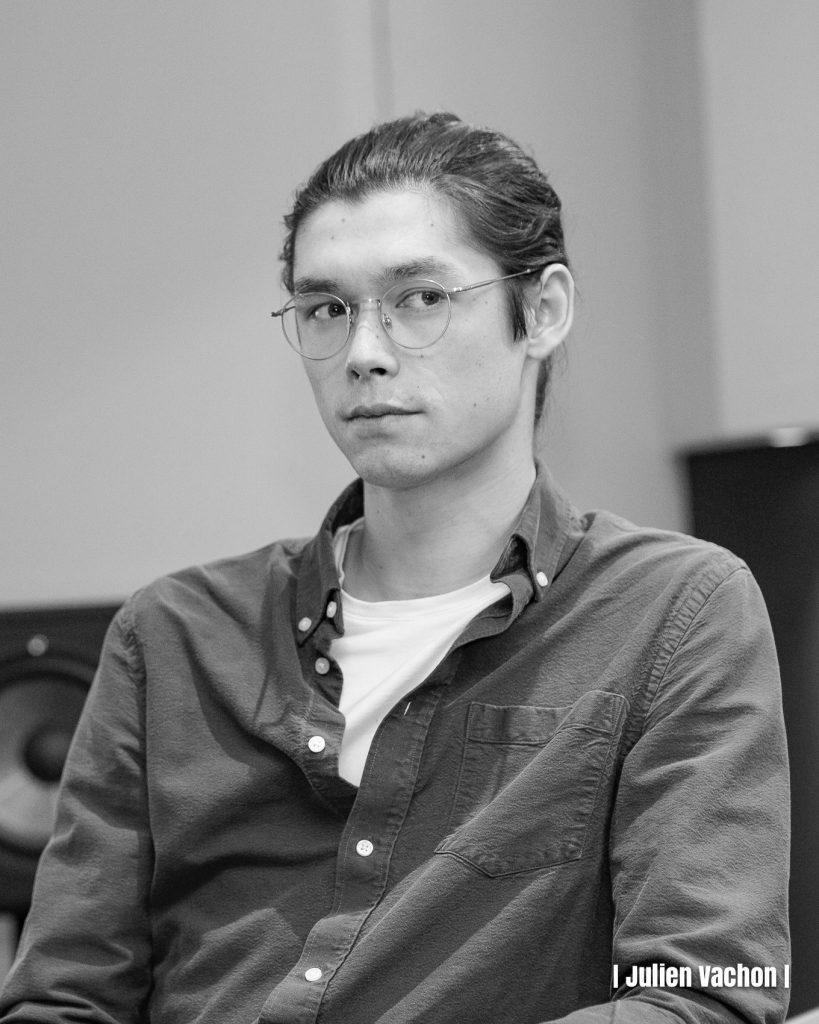 Thomas Hong - Multishot