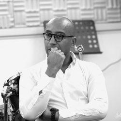 Charly Idounda – Directeur Artistique indépendant